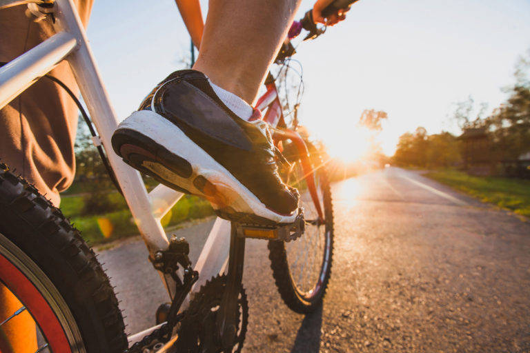 cyclist-pedaling-image